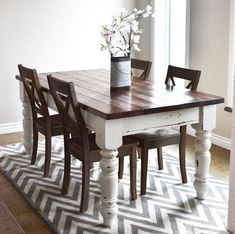 Diy kitchen table farmhouse plans 18 ideas for 2020 Farmhouse Table With Bench, Dining Table With Bench, Farmhouse Kitchen Tables, Dining Tables, Kitchen Country, Kitchen Table Redo, Dining Room Table Decor, Dining Room Design, Kitchen Ideas