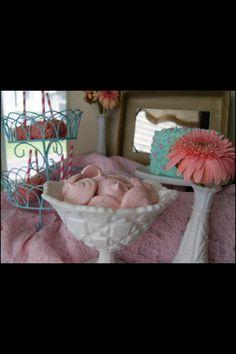Vintage pink & turquoise mini dessert table