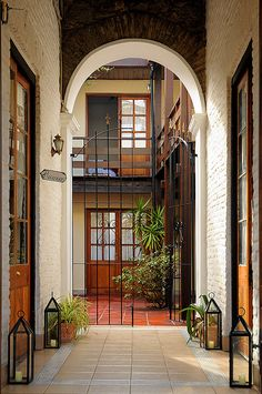 courtyard in urban home - Montevideo