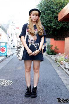Blonde Harajuku Girl in Metallica T-Shirt & RNA Creepers