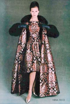 Anna Karin-Bjorck in silk dress and matching coat with fur trim by Nina Ricci, photo by de Harambure, 1960 Vintage Outfits, Vintage Gowns, Vintage Mode, 1960s Fashion, Fashion Wear, Fashion Models, Fashion Vintage, Couture Mode, Couture Fashion