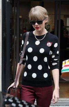 Leaving her hotel in London - November 7th (x)