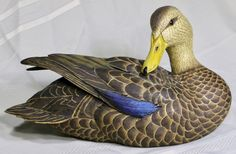 "Ducks Unlimited ""Special Edition 2006-07"" Mallard Hen SCULPTURE/DECOY    SOLD 11-20-2016 for $127.50 + $35.70 shipping = $163.20"