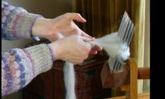 How to Comb Wool - video tutorial