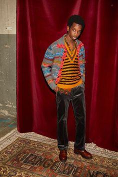 Missoni Fall 2020 Ready-to-Wear Fashion Show - Vogue Latest Mens Fashion, Unique Fashion, Fashion Design, Catwalk Collection, Fashion Show Collection, Winter Collection, Catwalk Fashion, Men's Fashion, Milan Fashion