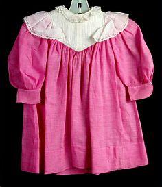 """Dress, child's, pink cotton chambray, white cotton """"V"""" shaped yoke, 1895-1899"""