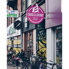 "@chuckandcherry's photo: ""Nørrebro Shop⭐️ #chuckanscherry #nørrebro #froyo #froyolove #froyotime #frozenyogurt #københavn #allnaturel #healthy #healthysnack #copenhagen"""