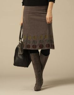 this could be a diy inspiration. love those appliques. Applique Skirt 03ad0fbd1