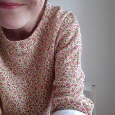 schnittchen patterns (@schnittchenpatterns) • Instagram-Fotos und -Videos Liberty Of London Fabric, Rage, Sewing Patterns, Men Sweater, Instagram, Videos, Shirts, Fashion, Pictures