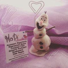Olaf Frozen bomboniera segnaposto segna tavolo handmade porcellana fredda mapi Creations portafoto cuore