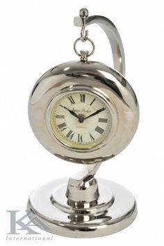 Ceasuri din metal pentru camere de zi, dormitoare.   Watch Metal for living rooms, bedrooms.