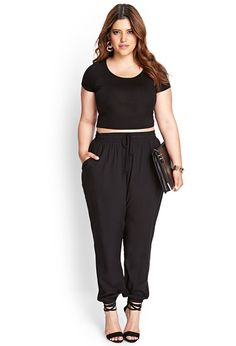 Chic body positive plus size inspiration. Crop top and matching jogger pants with strappy heels.  https://www.ktique.com/collections/pants-jeans