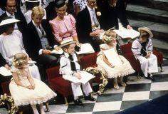 Prince William was in Westminster Abbey for the wedding of Prince | Rückblick: Seht Prinz William und Kate Middleton als Kinder! | POPSUGAR Deutschland Stars Photo 1