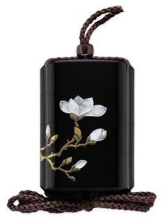A Three-Case Inro Signed Yoyusai and inscription Gyonen nanaju roku sai Japanese Culture, Japanese Art, Art Japonais, Art Nouveau Jewelry, Objet D'art, Japanese Beauty, Old Art, Art Object, Resin Jewelry