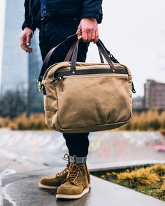 I neglected these boots for a while. I guess I have to change that  boots - @redwingheritage 8881 moc toe  bag - @fortyknotsnosmoke the benson messenger khaki  denim - the strike gold x @thomas.von.stuff sgxsfgo 1  mostly found @thomas.von.stuff Photo by @sel.vage  Follow @runnineverlong on Instagram for more inspiration