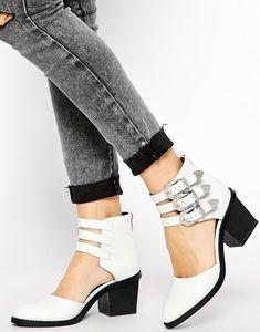 #Choose #High Heels Stylish Street High Heels