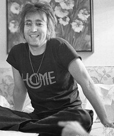 Beatles Band, Beatles Love, John Lennon Beatles, Beatles Photos, Gentlemen Prefer Blondes, Lady And Gentlemen, Great Bands, Cool Bands, Life Is What Happens