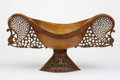 re:pin BKLYN contessa :: Carved Wood Bowl. Iran. Circa 1800.
