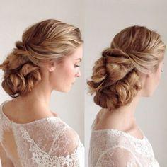 Best Ideas For Wedding Hairstyles : Featured Hairstyle: Heidi Marie (Garrett); Best Wedding Hairstyles, Bride Hairstyles, Hairstyle Wedding, Hair To Go, New Hair, Bridesmaid Hair, Prom Hair, Honey Blonde Hair, Wedding Hair Inspiration