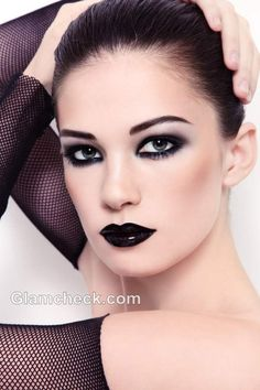 Makeup Gothic Eyes Gothic Makeup Looks Makeup Gothic Eyes Top 11 Must Haves For Right Gothic Makeup Essentials. Makeup Gothic Eyes Gothic Eye Makeup Tutorial With Detailed Steps And Picture. Gothic Eye Makeup, Punk Makeup, Sexy Makeup, Makeup Art, Makeup Tips, Beauty Makeup, Makeup Looks, Face Makeup, Makeup Ideas