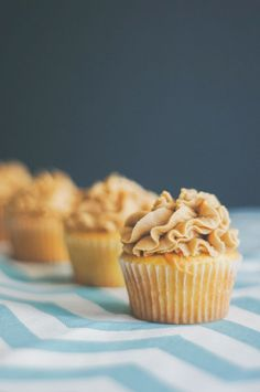 CARAMEL Butter Cupcakes. Homemade caramel and classic southern butter cake. Filled and topped with homemade salted caramel buttercream. It's heavenly!! http://thecupcakedailyblog.com/caramel-butter-cupcakes/ #caramel #cupcake #recipes #baking #best