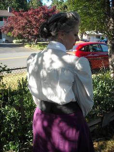 blouse yoke back