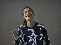 Take a Break in Perfect Moment's favourite ☆ Womens Starlight Sweatshirt  #perfectmomentactive #ss16