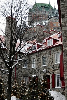 Quartier du Petit Champlain et Chateau Frontenac, #Quebec City, Quebec, Canada | by VT_Professor, via Flickr www.quebecregion.com/christmas