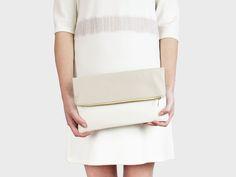 Foldover-Tasche Finja – Beige | Weiß | Foldover Finja | Umhängetaschen | TASCHEN | lille mus