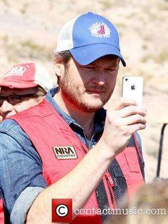 Blake Shelton NRA Country ACM Celebrity Shoot