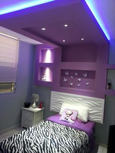 Bedrooms idea Pvc Ceiling Design, Bedroom False Ceiling Design, Room Door Design, Bed Headboard Design, Bedroom Bed Design, Bedroom Decor, Best Ceiling Paint, Showroom Interior Design, Bedroom Cupboard Designs