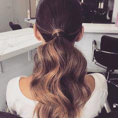 Monday morning hair feels. Big voluminous pony via @_hairbygabrielle . The more texture the better.   #mondayhaircrush #perfectpony #hairinspo #hairgoals #maneenvy #ponyperfection #ponytailgamestrong