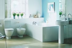 This bright bathroom design guarantees a 'good morning'. We stock the Ideal Standard Studio Range at http://www.bathroomsandshowersdirect.co.uk/