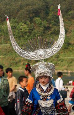 "Miao (苗族) tribe's ""Sister Meal Festival"" (姊妹饭节), Shidong (施洞)"