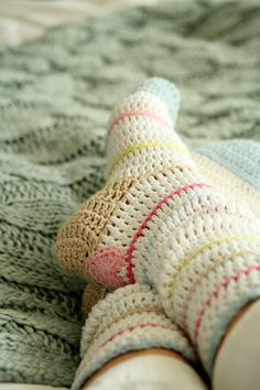 Coco Rose Diaries adaptation of Yvestown's Christmas Stocking Pattern into bedsocks