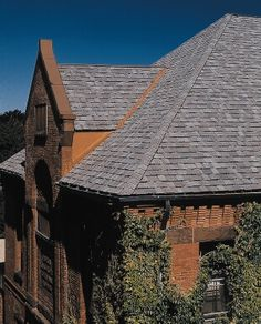 Best Elite Roofing Installed This Owens Corning Chateau Green Shingle Last Fall In Denver Types Of 400 x 300
