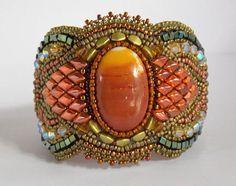 Bracelet Autumn cuff Bead Embroidery Autumn #autumnbracelet #vicusdesign #fullcolor #beadembroidery #seedbeadcuff #cuff #statementbracelet