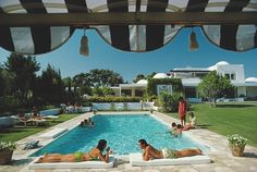 Photo Poolside In Sotogrande - Slim Aarons