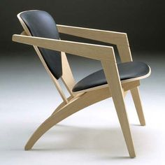 Butterfly chair by Hans Wegner, Denmark, 1977. Looks comfortable too!