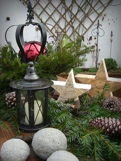 Broceliandes Gartenträume - ein Cottage Garten im Bergischen Land: Adventsdeko im Garten