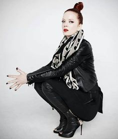 Picture of Shirley Manson Shirley Manson, Emma Style, Alternative Rock Bands, Blondie Debbie Harry, Music Is Life, Music Artists, Redheads, Beautiful Women, Actresses