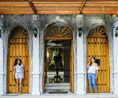 Leaving the hustle and bustle of the city behind, our new Manila photographer explored the streets of Old Town Intramuros with our gorgeous customers Julienne and Jacqueline. And the results are stunning!