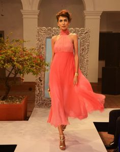 Pink ombre chiffon and lace long dress with a neck-gathered bodice (INR 9,590)