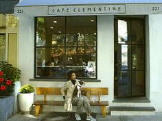 Cafe Clementine - Joel says amazing sandwiches for lunch Cafe Exterior, Restaurant Exterior, Cafe Restaurant, Restaurant Design, Bakery Store, Square Windows, Sandwiches For Lunch, Best Sandwich, Cafe Shop