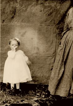 +~+~ Antique Photograph ~+~+ awwwww......sweetness.