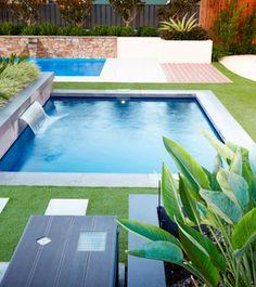 Pool Spa, Swimming Pools Backyard, Swimming Pool Designs, Backyard Ponds, Pools For Small Yards, Kleiner Pool Design, Big Pools, Small Pool Design, Plunge Pool