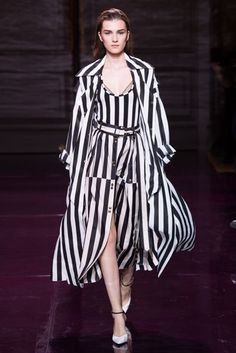 Nina Ricci Spring/Summer 2017 Ready-To-Wear Collection | British Vogue