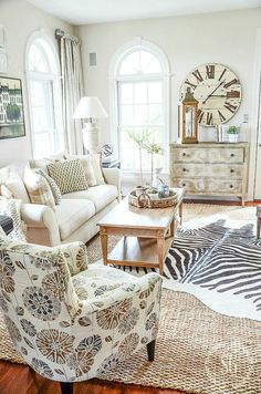 10 WAYS TO KICK UP CLASSIC DECOR- Classic decor can be kicked up with a little sass and fun! Keep classic decor interesting! Here's how!