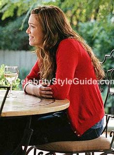 Mandy Moore and Marc Jacobs Red Cardigan, CLU V-neck T-shirt Jeans, Tsubi Shoes, Suede GAP Shoes. See the latest Mandy Moore style, fashion, beauty, trends, wardrobe and accessories.