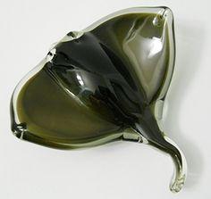 New Glass Stingray Dynasty Gallery http://www.amazon.com/dp/B004OZT5Y4/ref=cm_sw_r_pi_dp_RR6Ywb0RWRXD0